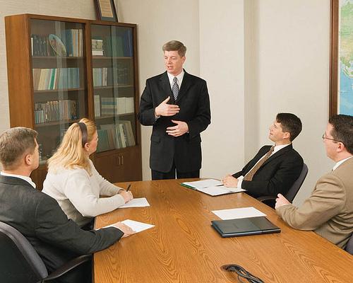 Leadership: le differenze tra un leader e un boss