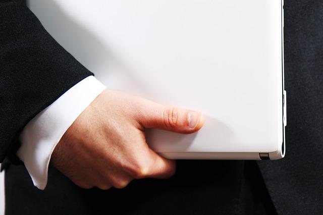 L'audit al lavoro: ecco come diventare internal auditor in 3 step
