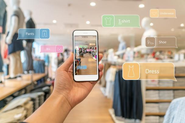 negozio-tecnologico-futuro