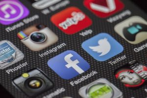 social media marketing esempi